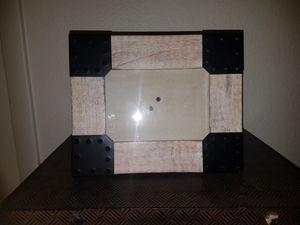 5x7 frame for Sale in Bay Lake, FL