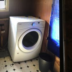 Whirlpool Front Load Washer And Dryer for Sale in Enterprise,  WV