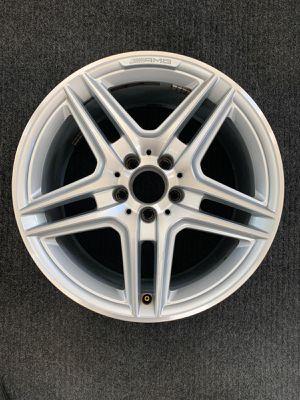 Single (1) Mercedes E350 E550 2011 2012 85147 aluminum OEM wheel rim 18 x 9 Rear for Sale in Corona, CA