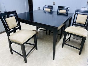 Kitchen table for Sale in Macon, GA