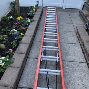 28f Ladder for Sale in Fairview, OR