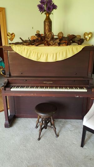 Free Piano for Sale in Lancaster, OH