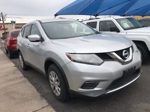 2014 Nissan Rogue with back up camera for Sale in Fort McDowell, AZ