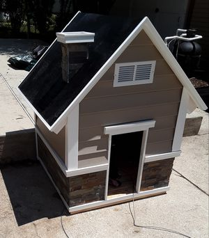 Dog & Cathouses for Sale in Erial, NJ