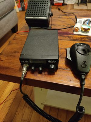 Cb radio with external speaker for Sale in Jacksonville, NC