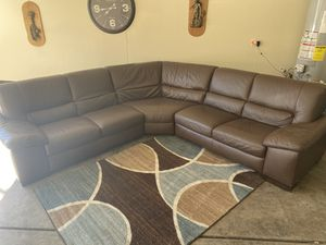 Beautiful Brown Leather Sectional Couch for Sale in Las Vegas, NV