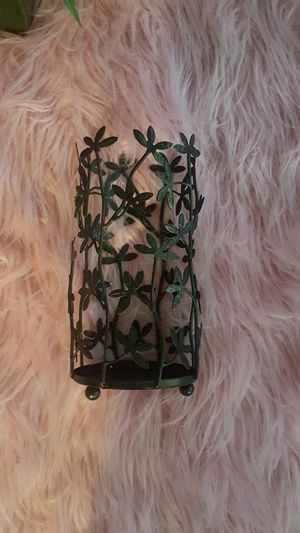 BUNDLE BLACK CANDLE HOLDER VASE WITH ORCHIDS & GREEN PLANT for Sale in Chicago Heights, IL