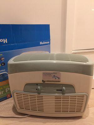 Holmes HEPA Type Air Purifier for Sale in Arlington, VA
