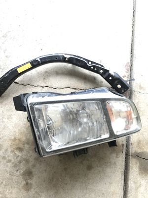 Honda Ridgeline head light 06-10 for Sale in Lincoln, NE