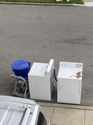 FREE PICKUP for Sale in Queens, NY