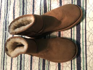 Women's mini ugg boots for Sale in North Highlands, CA