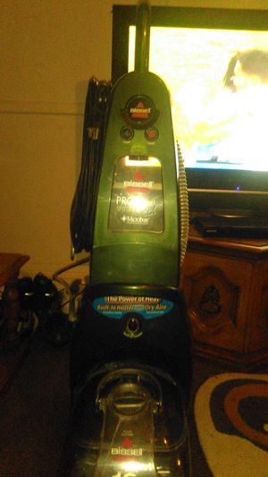 Bissell pro heat carpet cleaner for Sale in Santa Fe Springs, CA