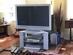 Sony TV surround complete system with DVD players with remote controls and wires. for Sale in Springfield, VA