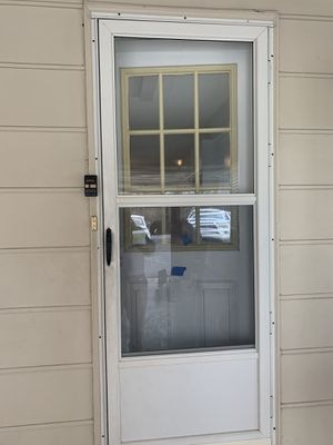 FREE STORM DOOR for Sale in High Point, NC