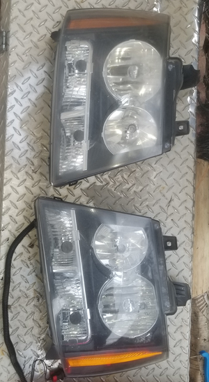 2009 Suburban Headlights for Sale in Philadelphia, PA