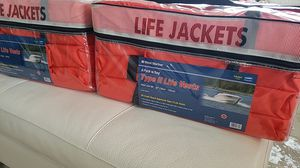 """Life jackets those Type 2. Adult 30"""" - 52"""" for Sale in Boca Raton, FL"""