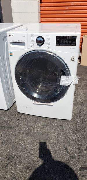 LG WASHER TURBO WASH (NEW) for Sale in Lakewood, CA