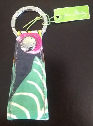 NEW VERA BRADLEY LOOP KEYCHAIN- JAZZY BLOOMS for Sale in Alexandria, VA