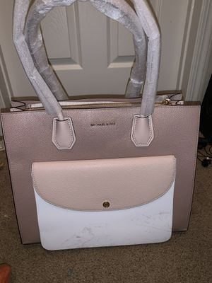 Michael Kors Purse for Sale in Marietta, GA