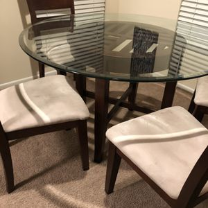 Dinning Room Table And 4 Chairs for Sale in Virginia Beach, VA