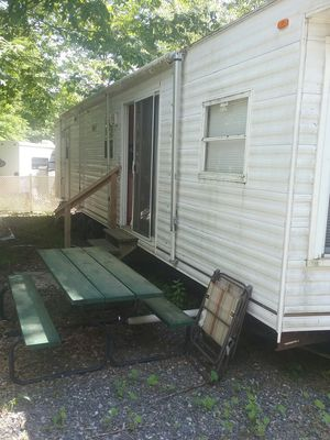 40 foot park model camper. Don't ask if not coming to look at it. for Sale in Hartford, CT