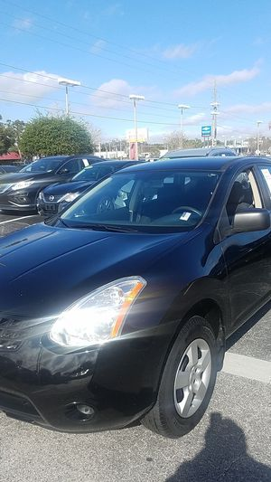 NISSAN ROUGE..CROSSOVER for Sale in Tampa, FL