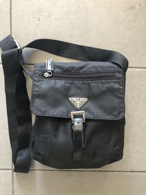 Messenger bag-$60 for Sale in Lakewood, CA