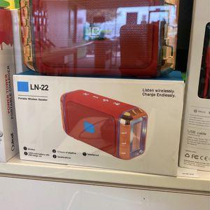 Bluetooth speaker for Sale in Waco, TX