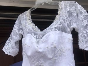 Wedding dress, bridesmaids dress, and accessories for Sale in Palisade, CO