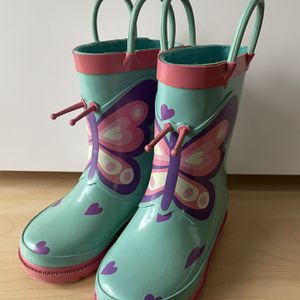 Rain boots for Toddler Girl for Sale in Lake Oswego, OR