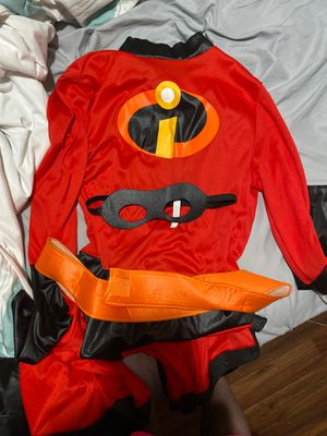 Mrs incredible costume for Sale in Clovis, CA