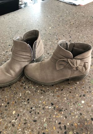 Size 1 girls ankle boots for Sale in Ottumwa, IA