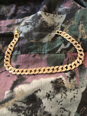 Cuban link gold choker for Sale in Gambrills, MD