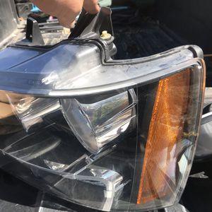 07-13 Chevrolet Tahoe/Avalanche Headlight for Sale in Denver, CO