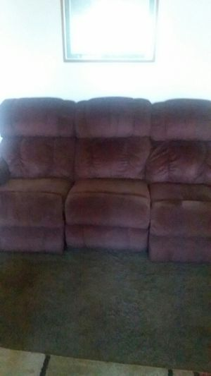 Reclines on both ends good condition for Sale in Normal, IL