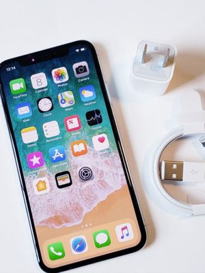 """iPhone X 256GB ,,Factory UNLOCKED Excellent CONDITION """"as like nEW"""" for Sale in Springfield, VA"""