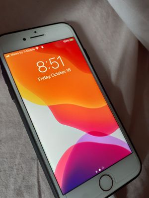iPhone 8 Factory Unlocked 64GB for Sale in Aurora, CO