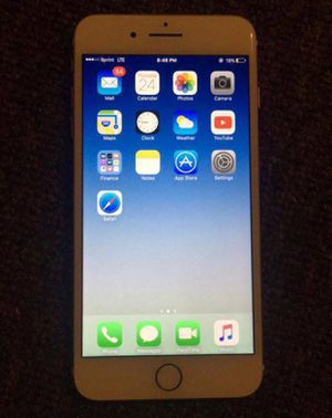 Unlocked Gold IPhone 7 Plus for Sale in Evansville, IN