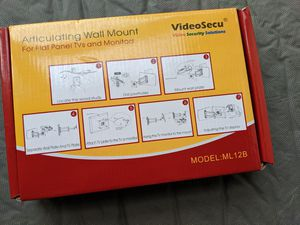 Articulating wall mount for monitors for Sale in Vienna, VA