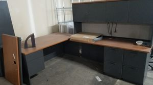 Free desk for Sale in Grandview Heights, OH