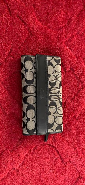 Coach signature canvas wallet for Sale in Henderson, NV