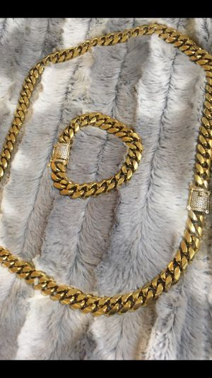 Gold plated over stainless steel necklace and bracelet for Sale in Miami, FL