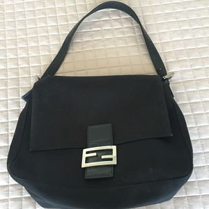 Fendi black shoulder bag for Sale in Chicago, IL