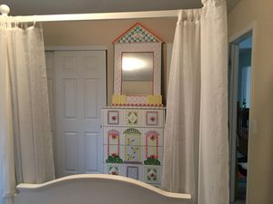Girls room for Sale in Powell, OH
