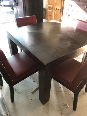 Dining room table and chairs for Sale in Paducah, KY