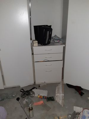 Storage cabinets and drawer for Sale in Lutz, FL