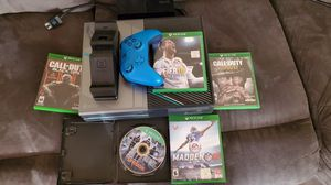 XBOX ONE HALO 5 EDITION 1 TB for Sale in Bellflower, CA