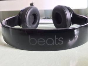 OEM Apple Beats by Dr. Dre - Beats Solo3 Wireless Headphones (Black) for Sale in Portland, OR