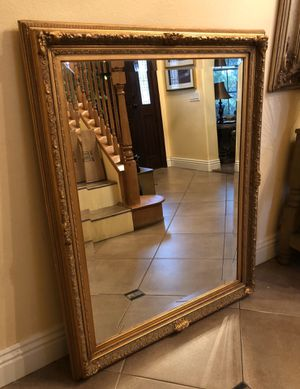 """Antique Gold Leaf Picture Wood Framed Mirror Size 38"""" x 48"""" for Sale in Fontana, CA"""