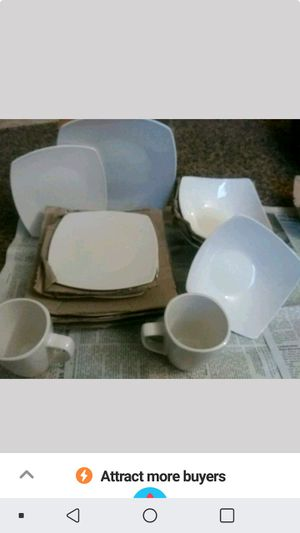 Gibson Home 16 piece Dishset for Sale in Superior, WI